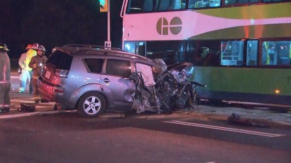 Авария в Торонто: двое подростков покатались на родительской машине