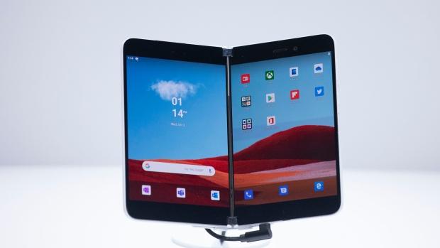 Microsoft вернулся к выпуску смартфонов