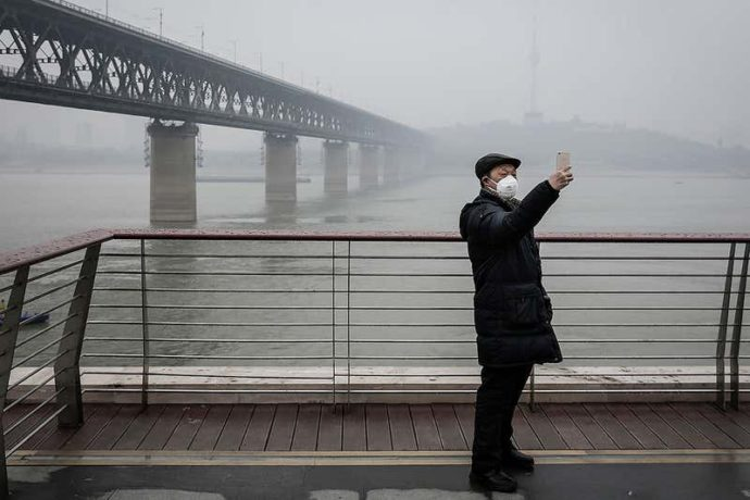 Коронавирус: стоит купить маску N95