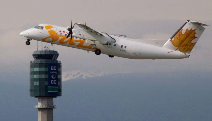 Во время посадки в Монреале у самолета загорелось шасси