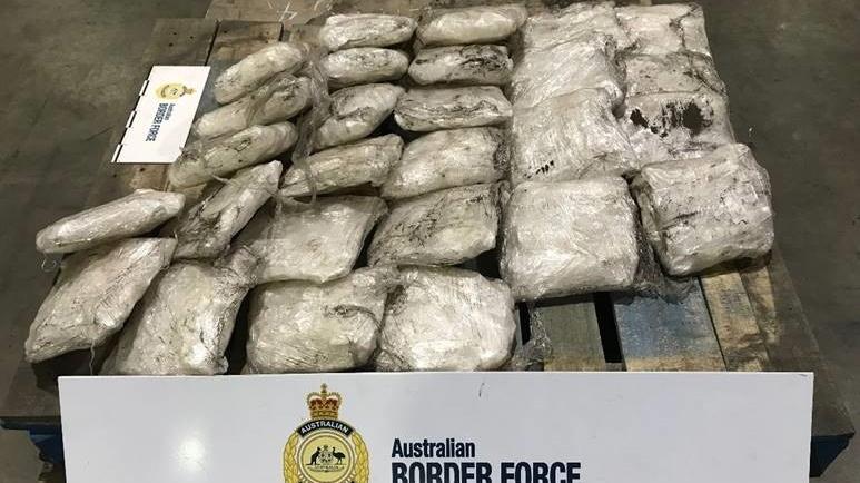 В Австралии за контрабанду наркотиков снова задержан канадец