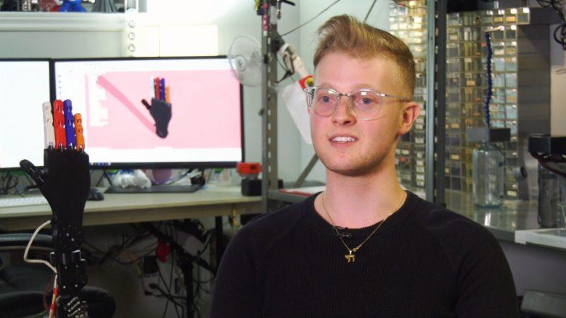 Канадский изобретатель хочет помогать инвалидам