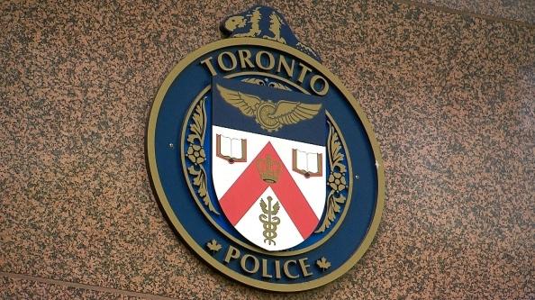 Полиция Торонто готовит компьютерные боты для работы