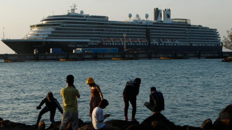 Коронавирус и паника: судну отказали в швартовке в пяти странах