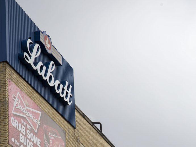 Labatt: дезинфицирующий гель вместо пива