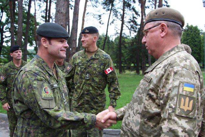Вместо 200 канадских военных в Украине останется 60