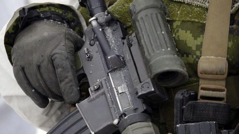 Перевозка военной техники в Канаде не связанa с коронавирусом