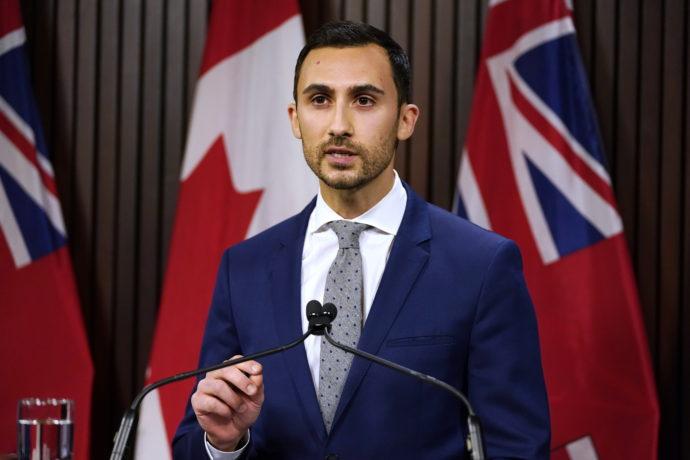 Правительство Онтарио пошло на уступки учителям
