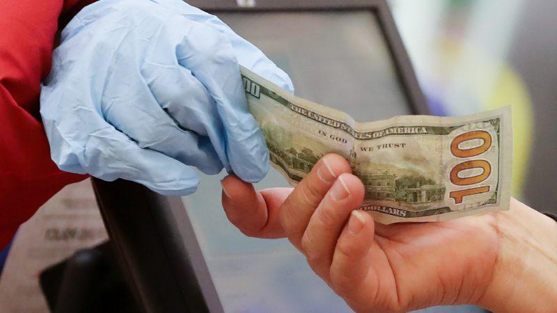Являются ли деньги переносчиками коронавируса?