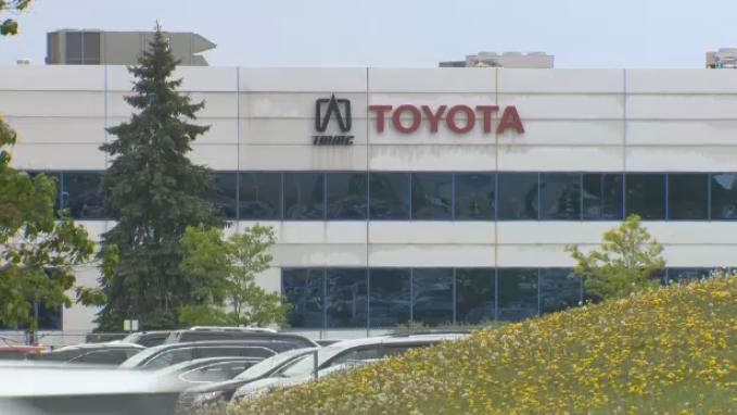 Toyota закрывает заводы в Северной Америке