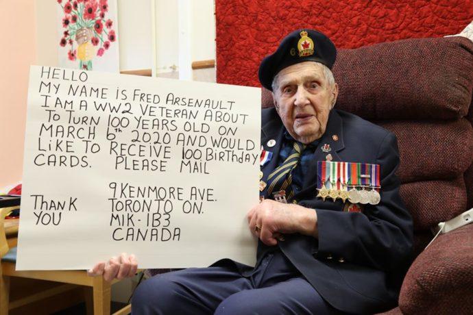 Ветеран Второй Мировой получил на свое столетие 90 000 поздравлений