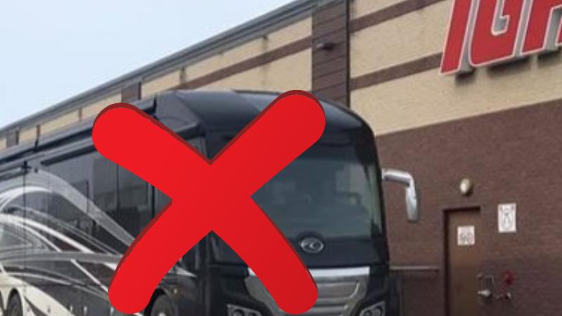 Канадцу не позволили войти в супермаркет из-за несоблюдения карантина