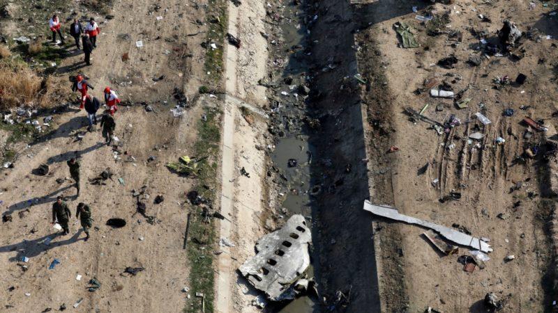 Расследование гибели украинского самолета следует отложить