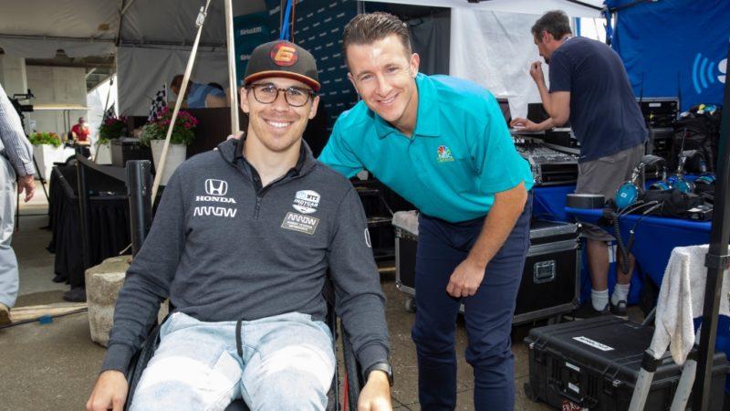Пострадавший в аварии пилот IndyCar участвует в виртуальных гонках