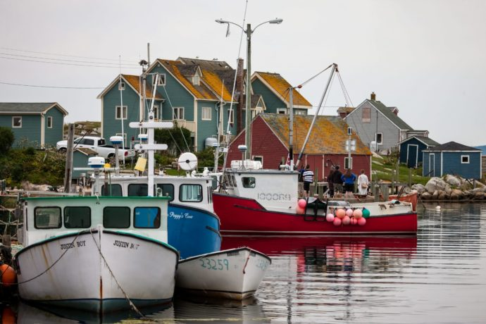 Канада финансирует помощь рыбной промышленности
