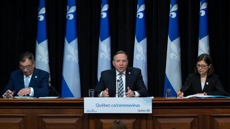 Квебек хочет вернуть детей в школы