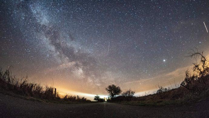 Звездная пыль: посмотрите на метеоры!