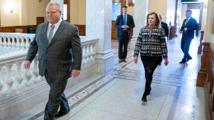 Парламент Онтарио продлит чрезвычайное положение еще на 28 дней