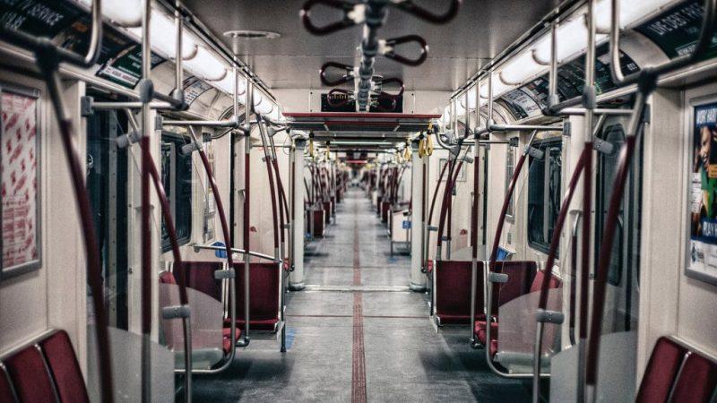 Транспортный профсоюз требует, чтобы пассажиры носили маски