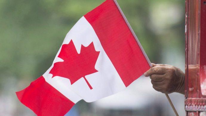 Канада планирует возвращение к нормальной жизни