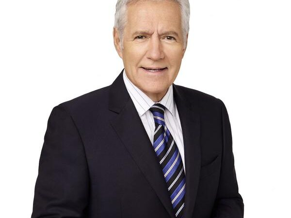 Скончался ведущий интеллектуальной телеигры 'Jeopardy!' Алекс Требек