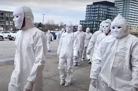 Зомби-демонстрация против локдауна и прививок в Торонто