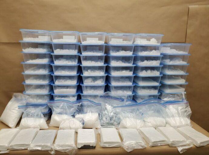 Два наркотических рейда: полмиллиона наличными и отравы на $17 миллионов