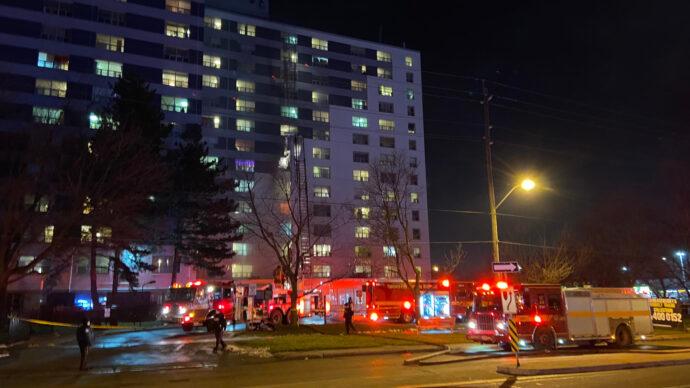 Пожар в Норс-Йoрке: пятеро пострадавших