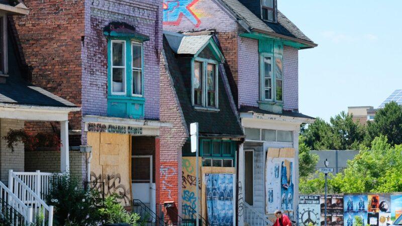 Мэр Торонто— за налог на пустующие дома