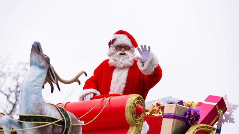 Парад Санта-Клауса перенесен из Торонто в парк Wonderland