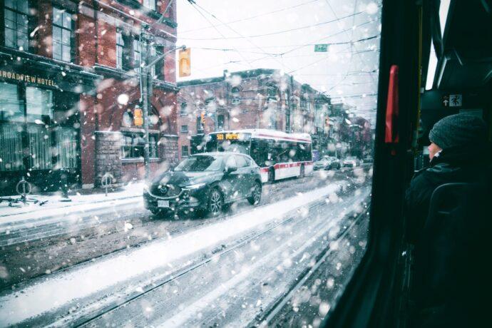 На дорогах в Торонто сегодня с утра очень скользко