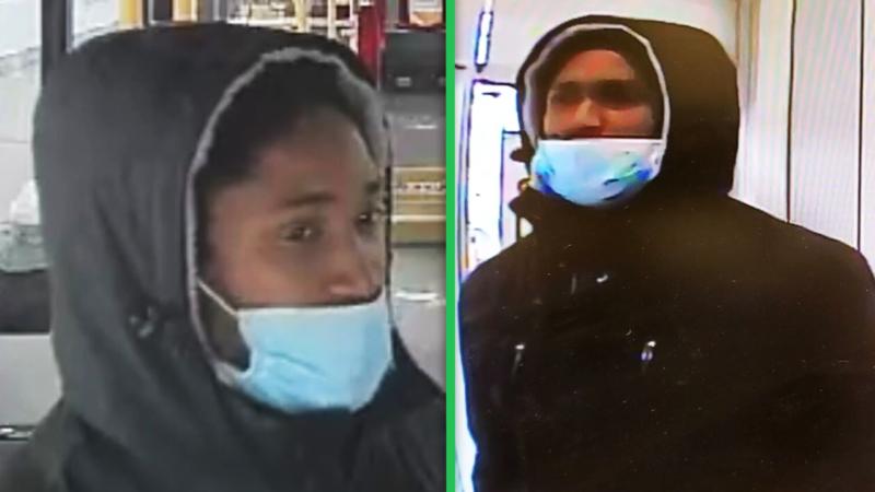 Неизвестный избивает на улицах Торонто прохожих