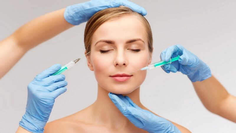Частные клиники в Квебеке по-прежнему проводят косметические операции