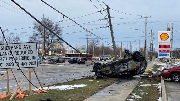 Авария в Торонто: шестеро пострадавших