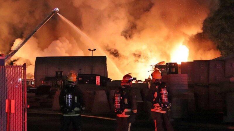Цементный завод уничтожен пожаром