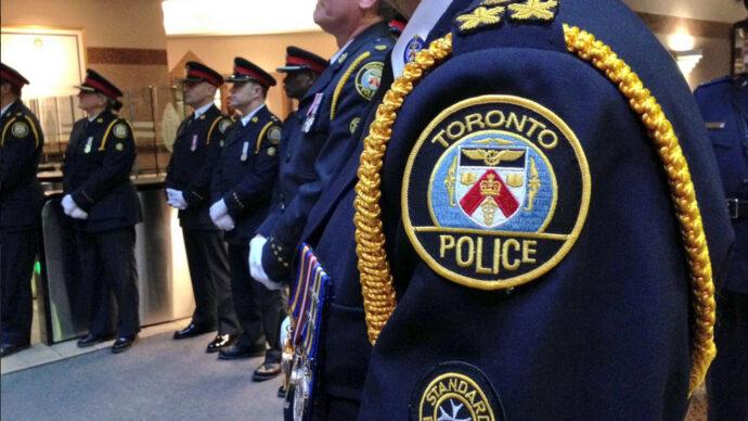 Бюджет полиции Торонто— миллиард