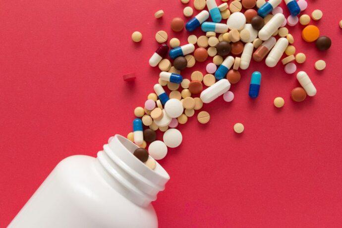 Канадцы вынуждены экономить на лекарствах