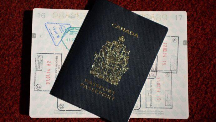 Канада вводит иммиграционные льготы для Гонконга