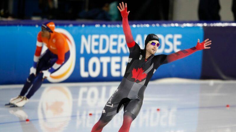 Канадец Дюбрёй— чемпион мира в конькобежном спринте